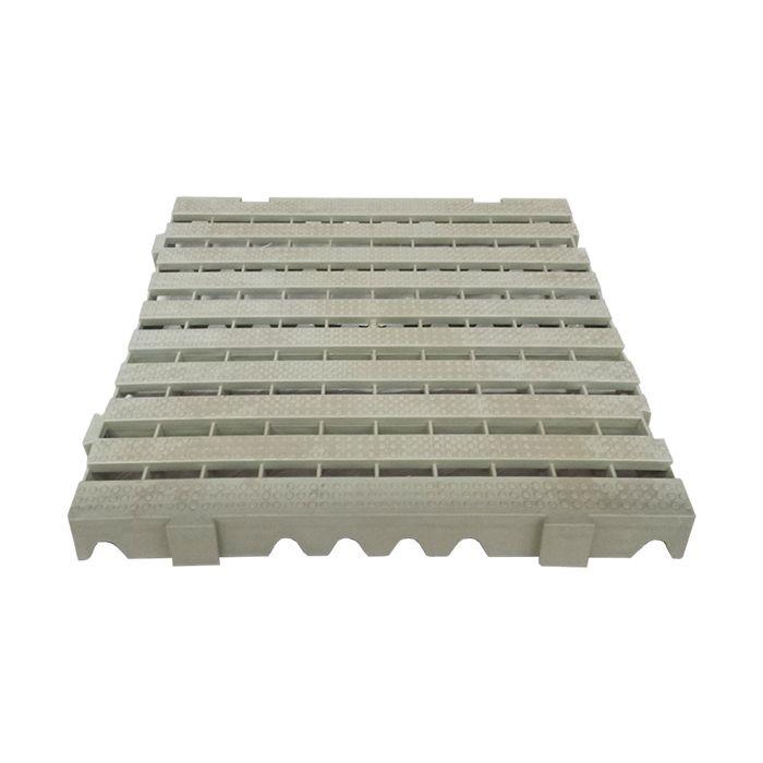 ESTRADO MODULAR BRANCO GELO DELLA PLAST TAM. 4,5X50X50 CM REF.1300/ 88