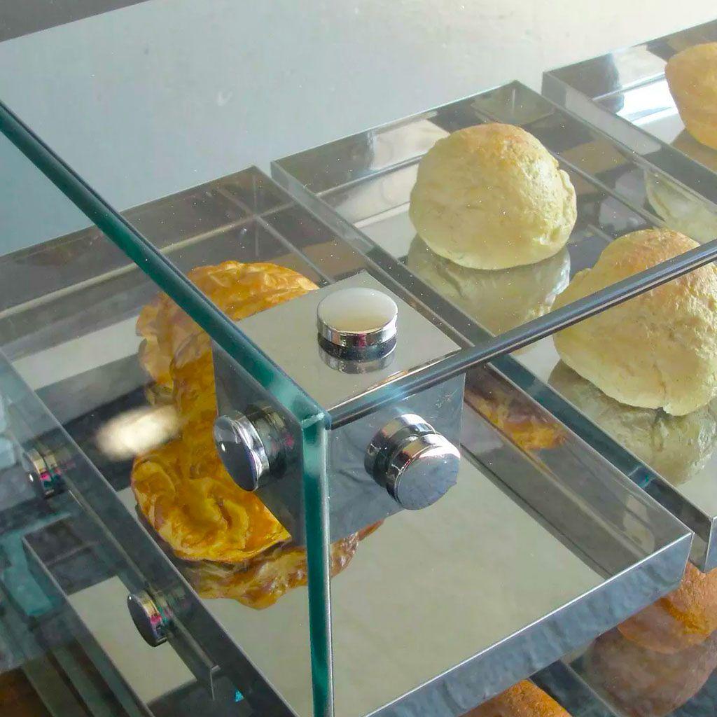 Estufa vidro reto 8 bandejas dupla omega 127v c/ led.luxo prata mod.beta bd8