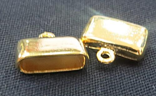 Terminal De Colagem dourado achatado Medio (02 peças) - TCD025