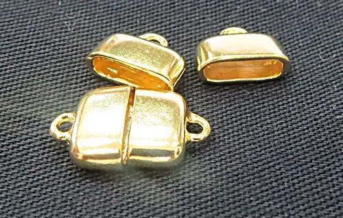 Terminal  De Colagem dourado achatado Pequeno (04 peças) - TCD026