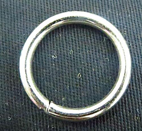 Argola de metal aberta niquel roliça-2,5 cm-AN009