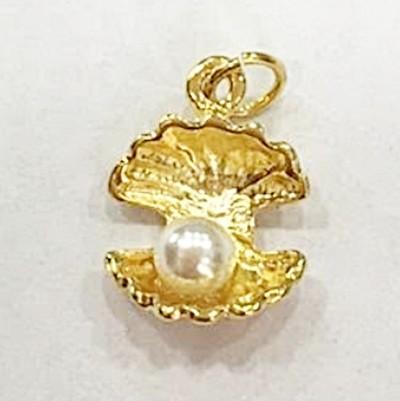 Pingente dourado Conchinha C/ perola-PTD181