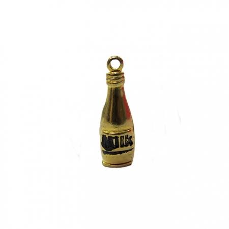 Pingente Garrafa milk dourada- PTD062