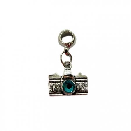 Berloque pingente máquina fotográfica blue zircon- BEN153