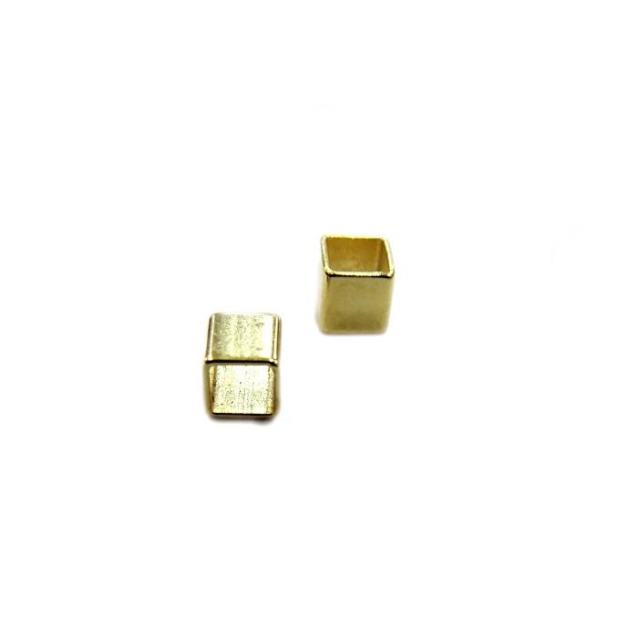 Entremeio Dourado Quadrado ED011 -30 peças