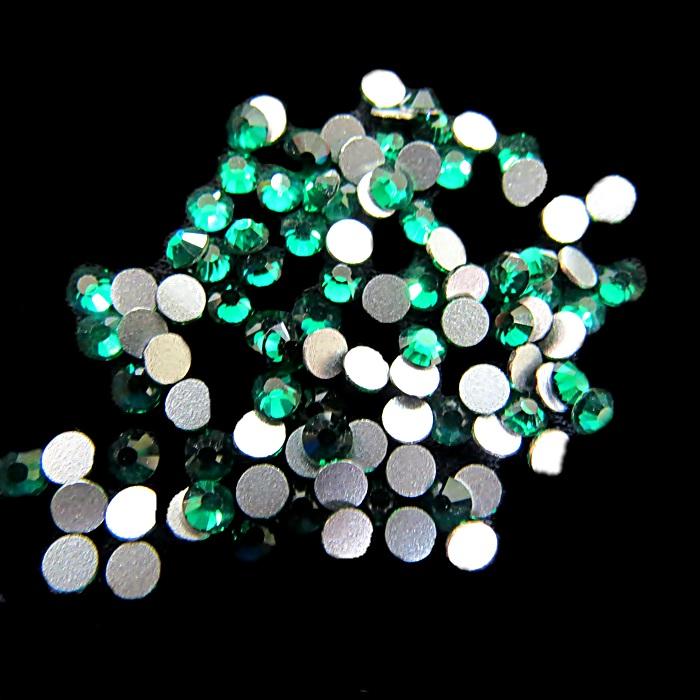 Chaton de cristal Esmerald SS12 (100 unidades)- CCH003 ATACADO