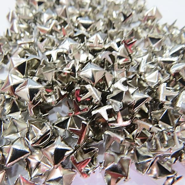 Tacha pirâmide Nº 06 níquel (1.000 unid.)- TAC024 ATACADO