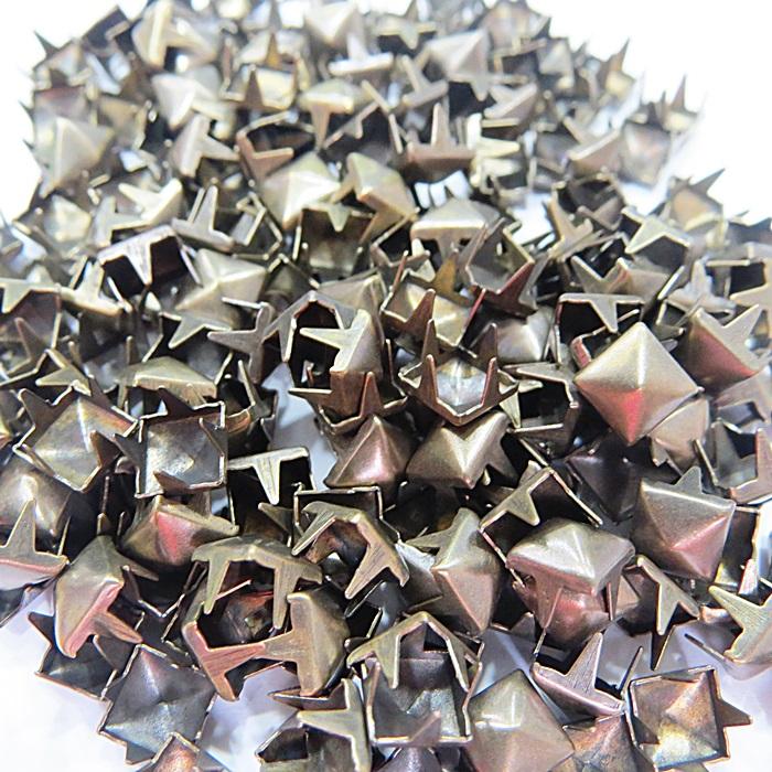 Tacha pirâmide Nº 06 ouro velho (1.000 unid.)- TAC025 ATACADO