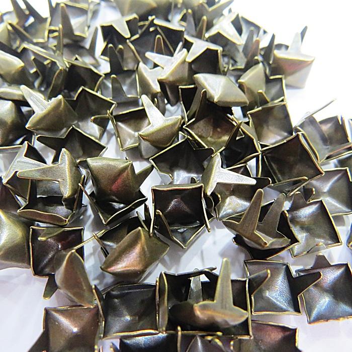 Tacha pirâmide Nº 08 ouro velho (100 unid.)- TAC027