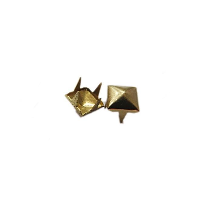 Tacha pirâmide Nº 10 dourada (1.000 unid.)- TAC029 ATACADO