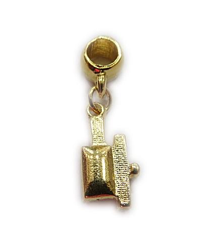 berloque pingente dourado panela de pressão masterchefe- BED075