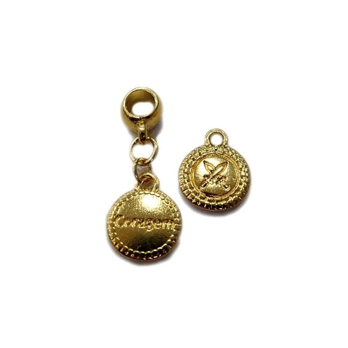 Berloque  Pingente Dourado Medalhinha BED053