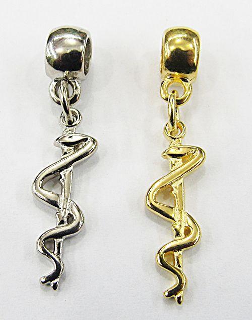 Berloque Ping. Simbolo Profissão Medicina (Niquel e Dourado) - BEN802