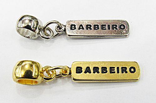 Berloque Placa Profissão Barbeiro (Niquel e Dourado) - BEN816