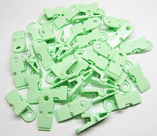 Prendedor De Plastico Verde 02 Pçs - PDR007