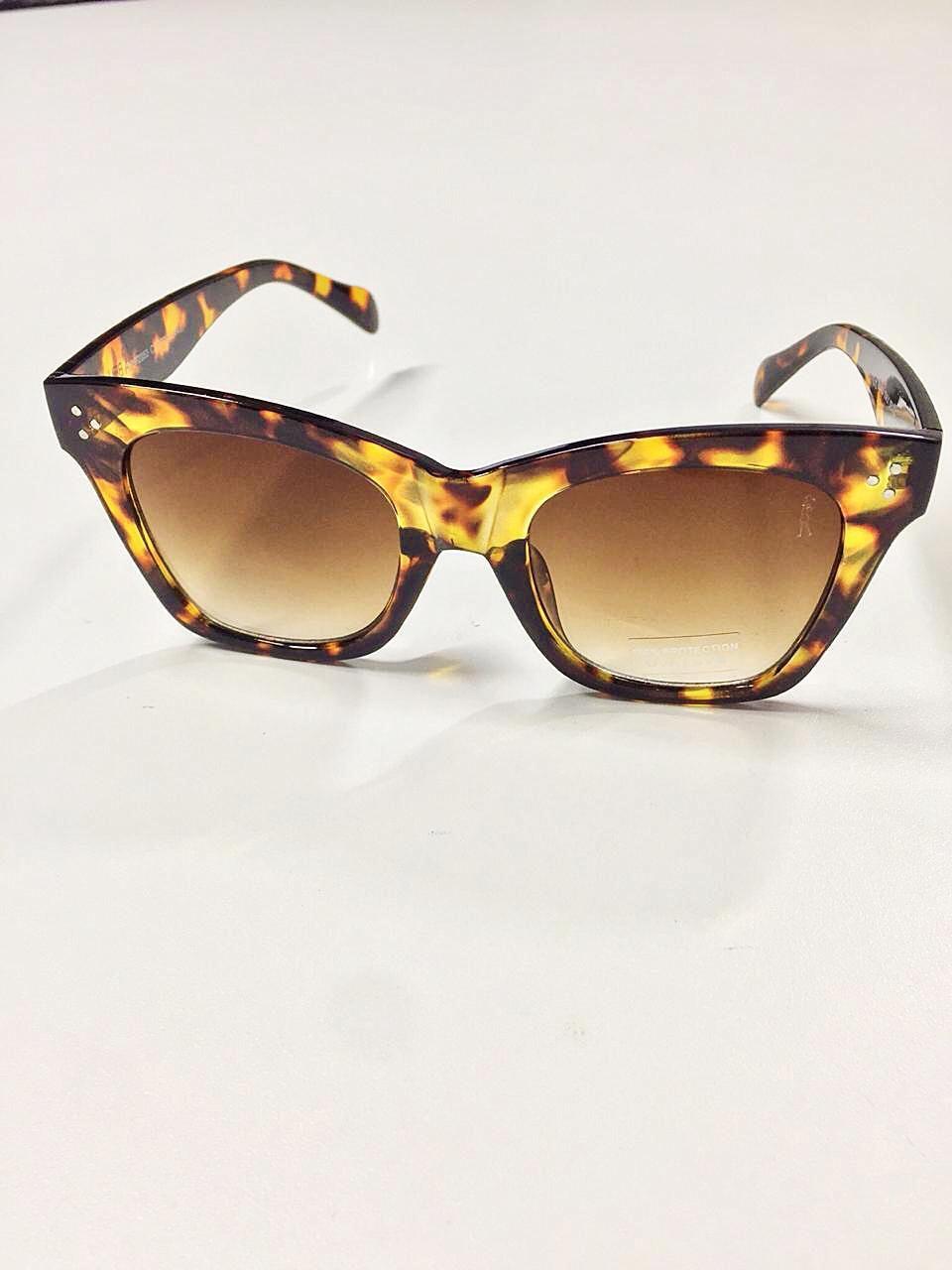 Óculos de Sol Joana By Saia Bella Tartaruga Marrom