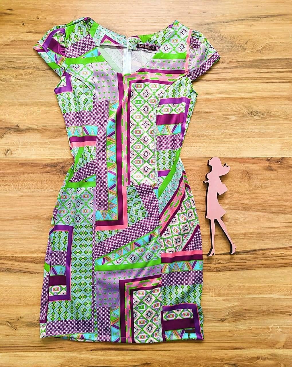 Vestido Lays modelo Tubinho Saia Bella SB60001 A