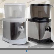 Bebedouro de Água com Filtro em Inox com Base De Barro e Suporte nas cores Preto/Branco Inox