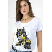 Camiseta Feminina Batman 80 Anos As Faces de Batman