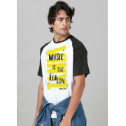 Camiseta Raglan Masculina Vinyl Style Music is The Reason