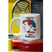 Caneca Superman Truth and Justice