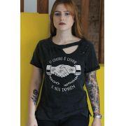 T-shirt Destroyed Feminina Pitty O Choro é Livre