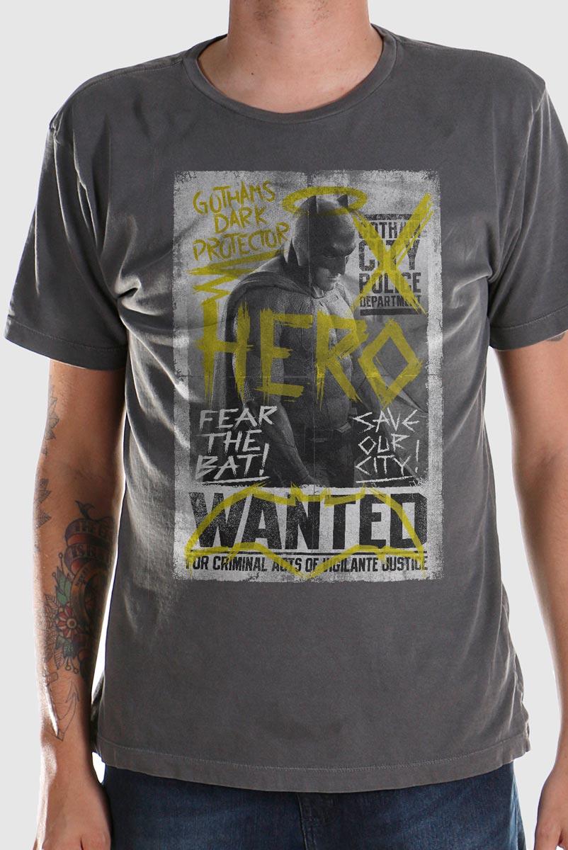 T-shirt Premium Masculina Batman VS Superman Hero Wanted  - bandUP Store Marketplace