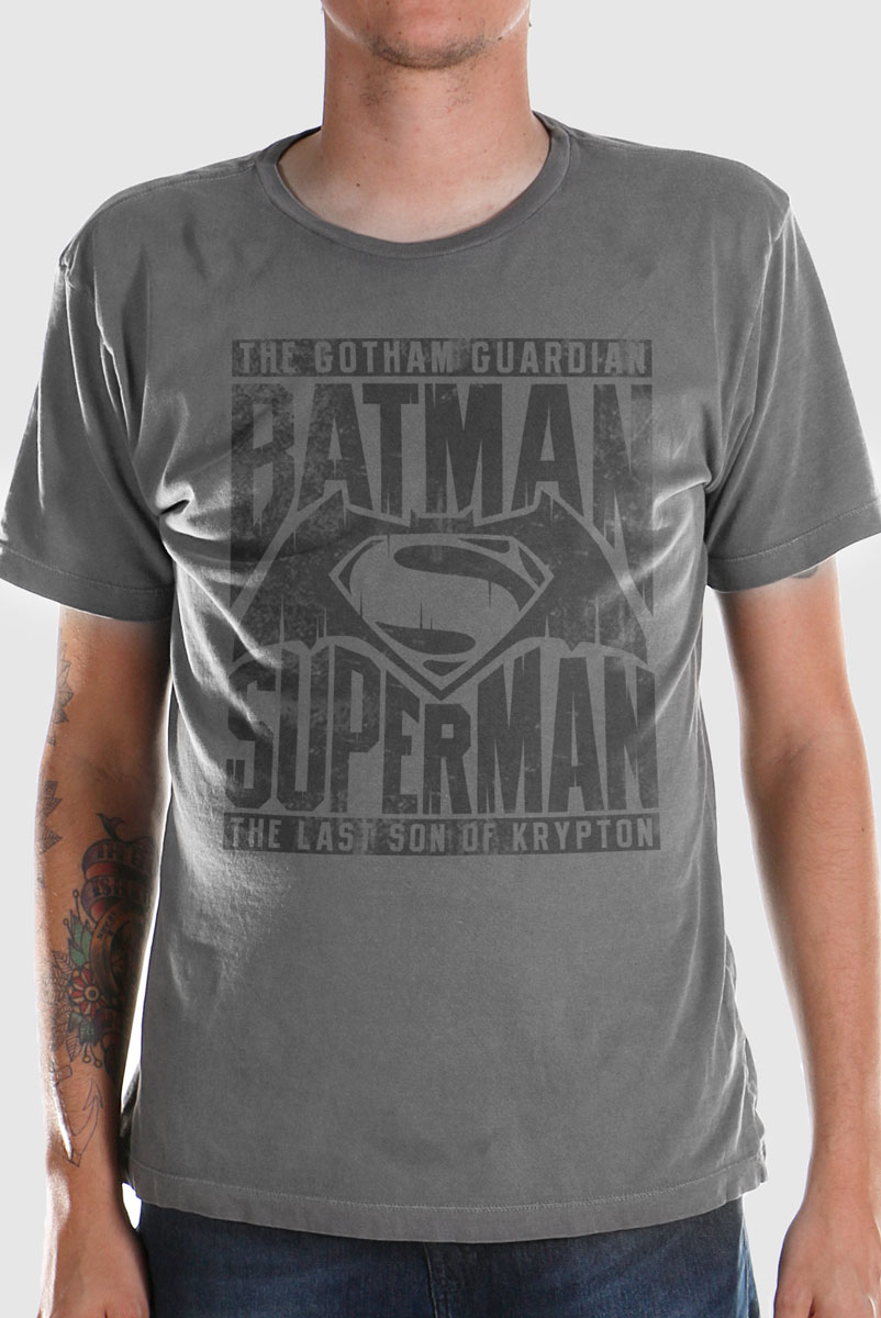 T-shirt Premium Masculina Batman VS Superman The Ultimate  - bandUP Store Marketplace