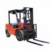 Empilhadeira Diesel 2.500 KG X 3M Elevação