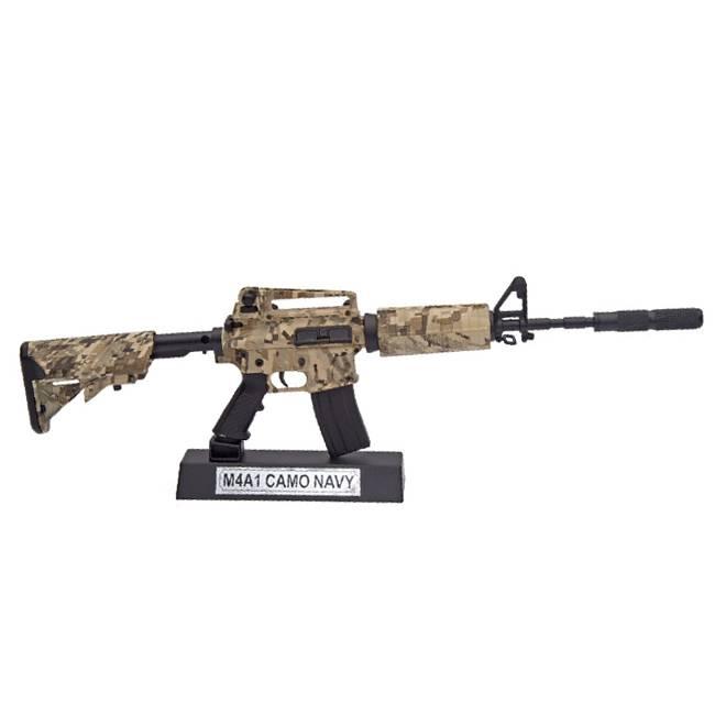Miniatura Rifle M4A1 Camuflado 30CM
