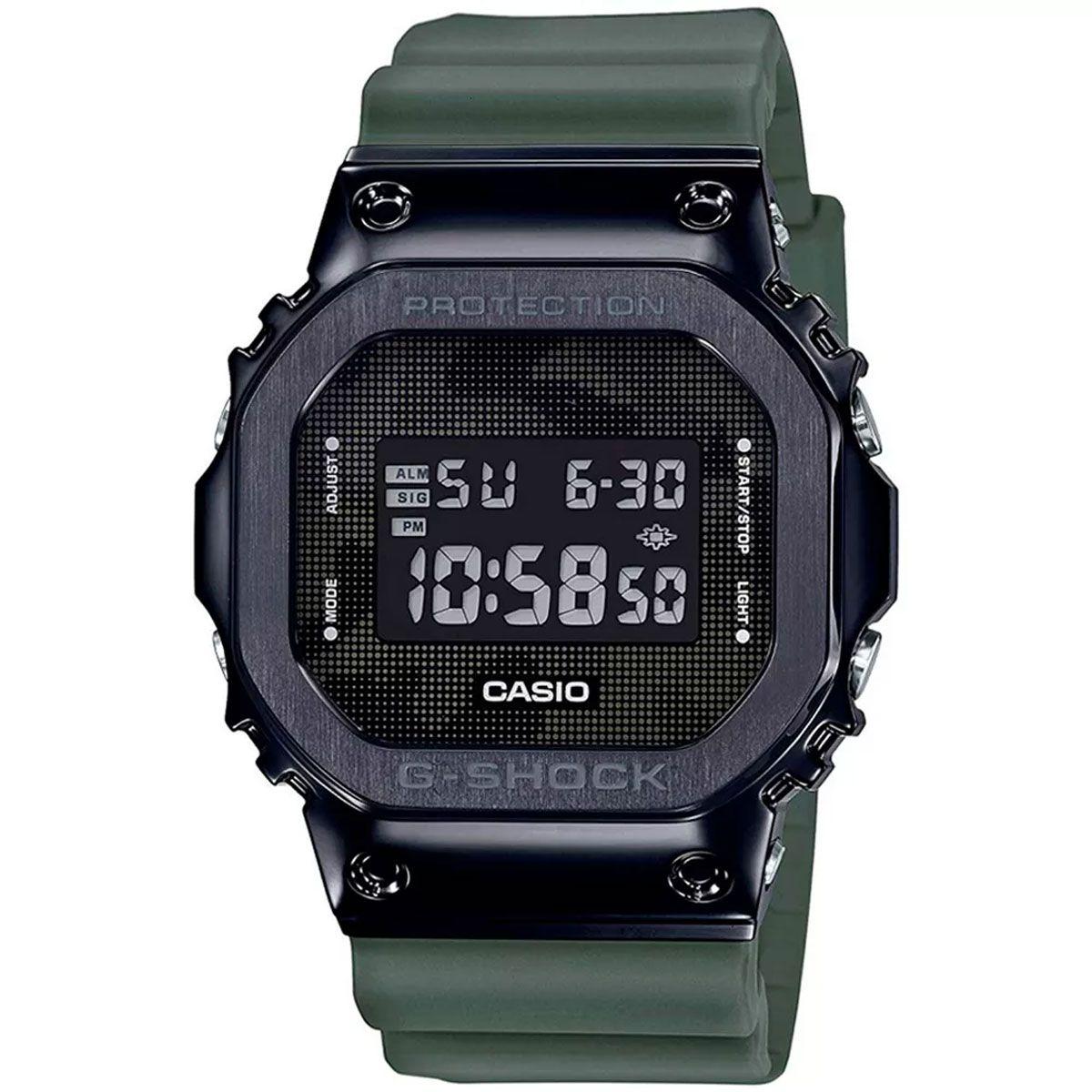 Relógio de Pulso Casio G-Shock Digital Modelo GM-5600B-3DR