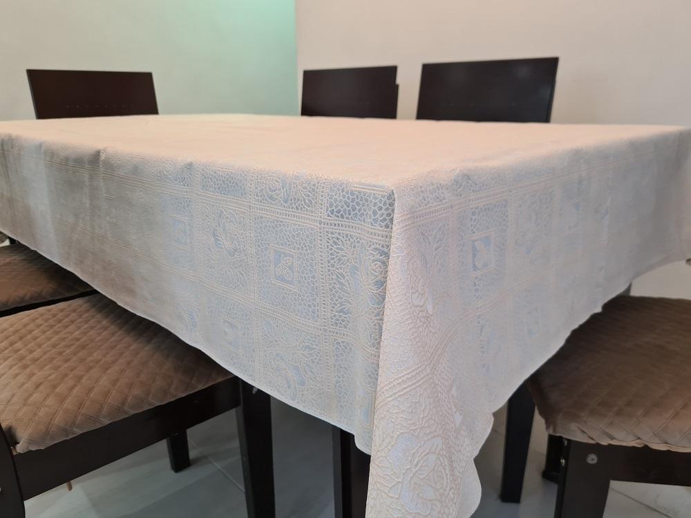 Kit Toalha de Mesa 6 Lugares Rendada TNT + Toalha de Cristal