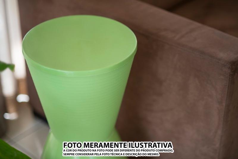 BANQUETA NOBE ASSENTO COLOR BASE CRISTAL ROXA