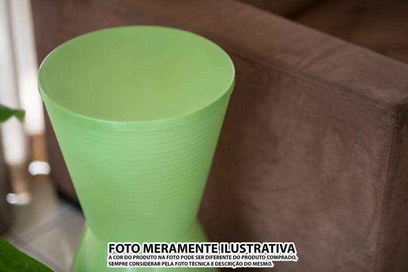BANQUETA NOBE ASSENTO COLOR BASE CRISTAL VERDE