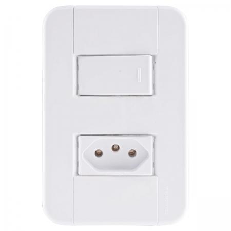 Conjunto 4X2 1 Interruptor Simples 10A 250V + 1 Tomada 2P+T 10A 250V Branco