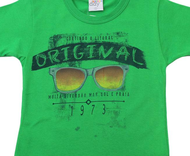 "Camiseta ""Curtindo o Litoral"" Verde Kaiani"