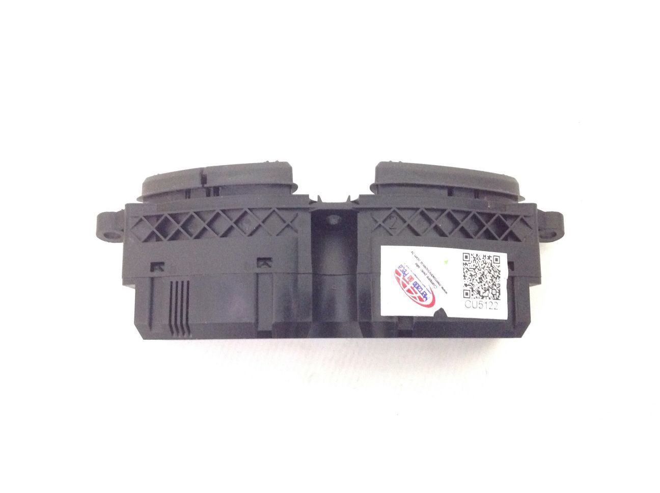 Interruptor Desembacador Tras/ar Condicionado Focus 00-09