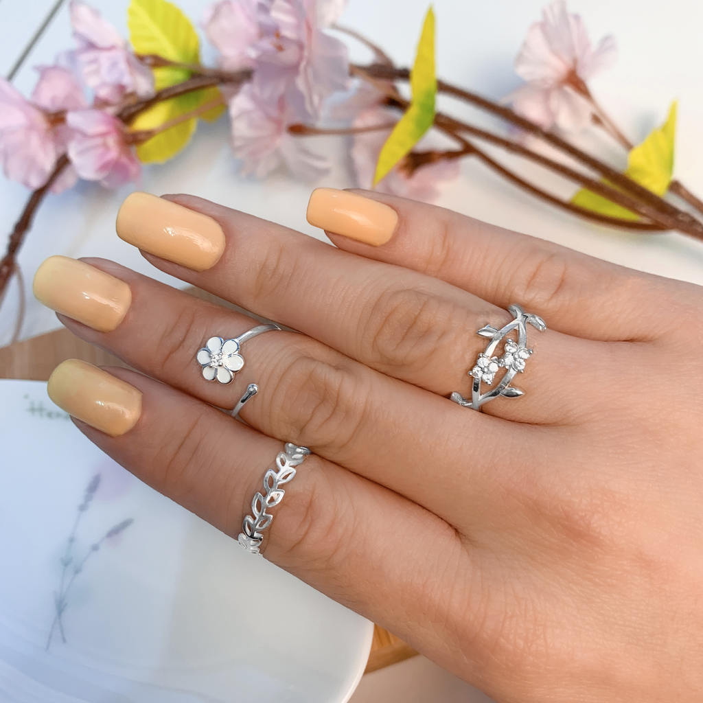 Anel Falange Flor Branca - Florescer