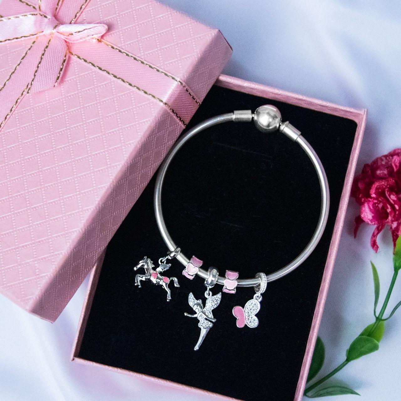 Berloque Borboleta Rosa