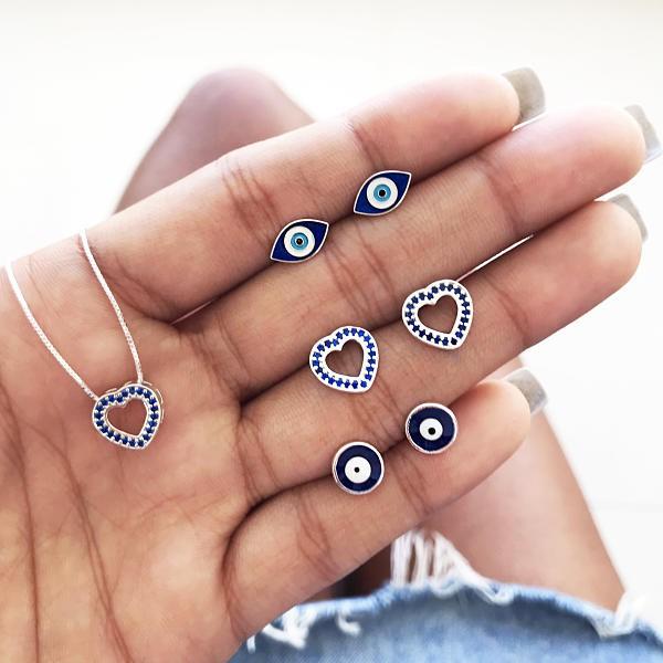 Brinco Coração Vazado Zircônias Azul