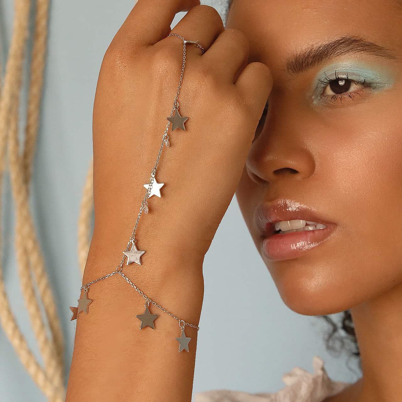 Pulseira Jade Regulável Estrelas Rodinada