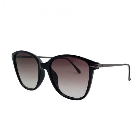 Óculos Solar Atitude  At8069 A01 Preto Brilho  Lente Degradê Cinza