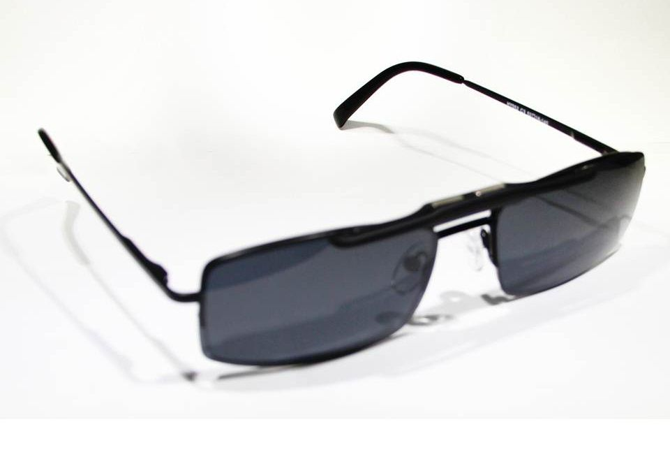 ebc84f0263c1f Armação Oculos Grau Com Clip On HY052 C3 Preto Polarizado - Loja ...