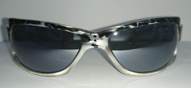 Óculos Solar Mormaii Gamboa Ro 1564609 Cinza e Preto Lente Cinza