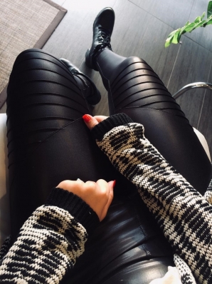 Calça Skinny Cirrê Nervurada - Bia