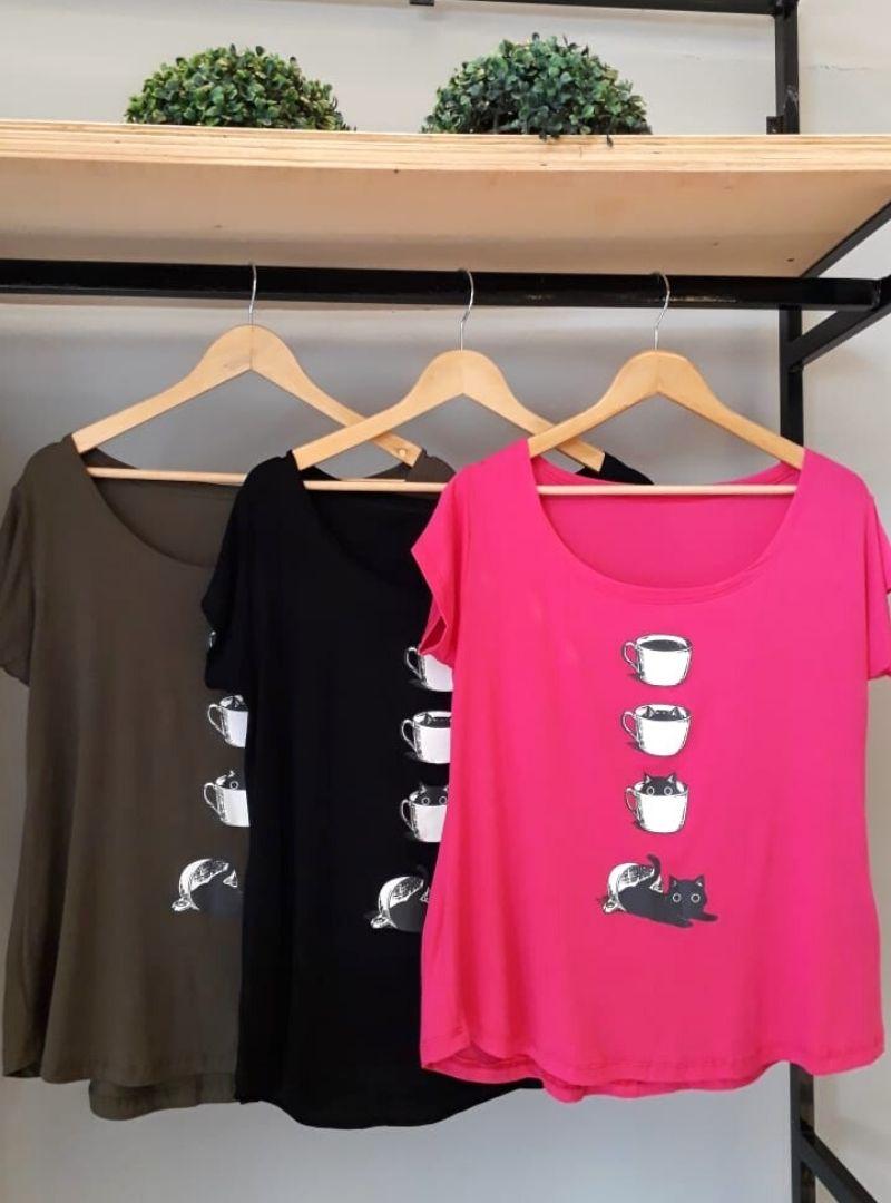 Camiseta Feminina Manga Curta Viscolycra  Plus Size - Xicara/Gato