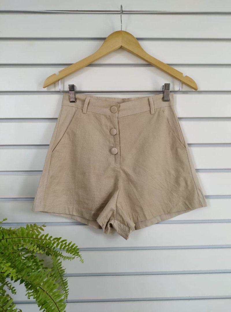 Shorts Curto de Linho Botões - Fernanda
