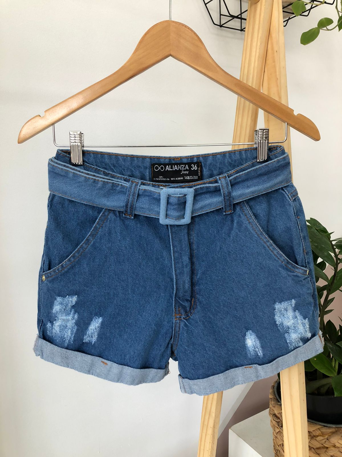 Shorts Jeans Cinto Fivela - Caroline