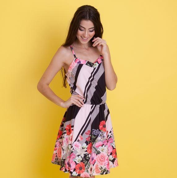 e412c1515 Vestido Curto Viscose - Bruna Preto Rosa