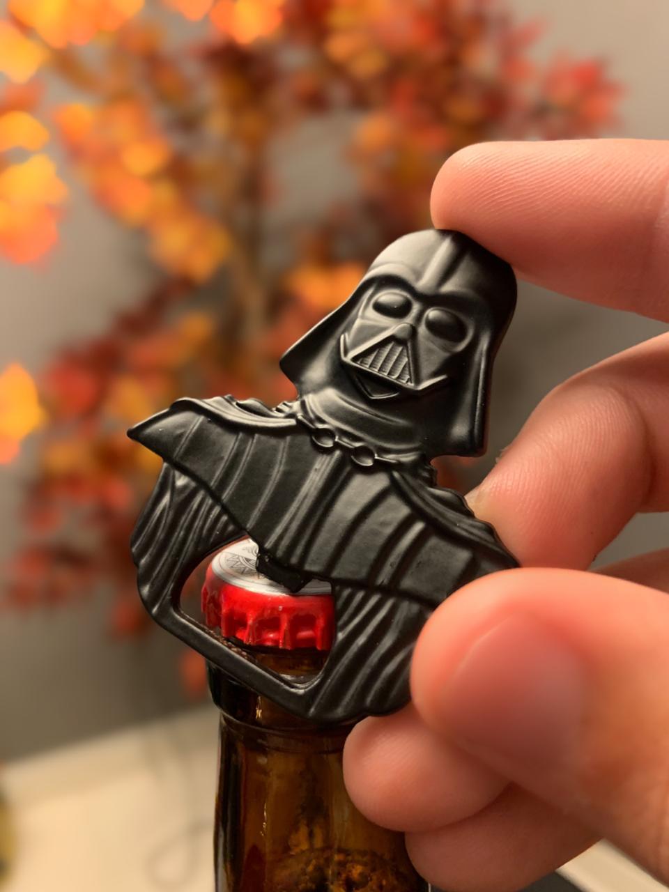 Abridor de Garrafa em metal Darth Vader - Star Wars